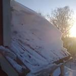 Tog med de här för att visa på tjockleken på snölagret på taket, och inte att det rasar ner heller